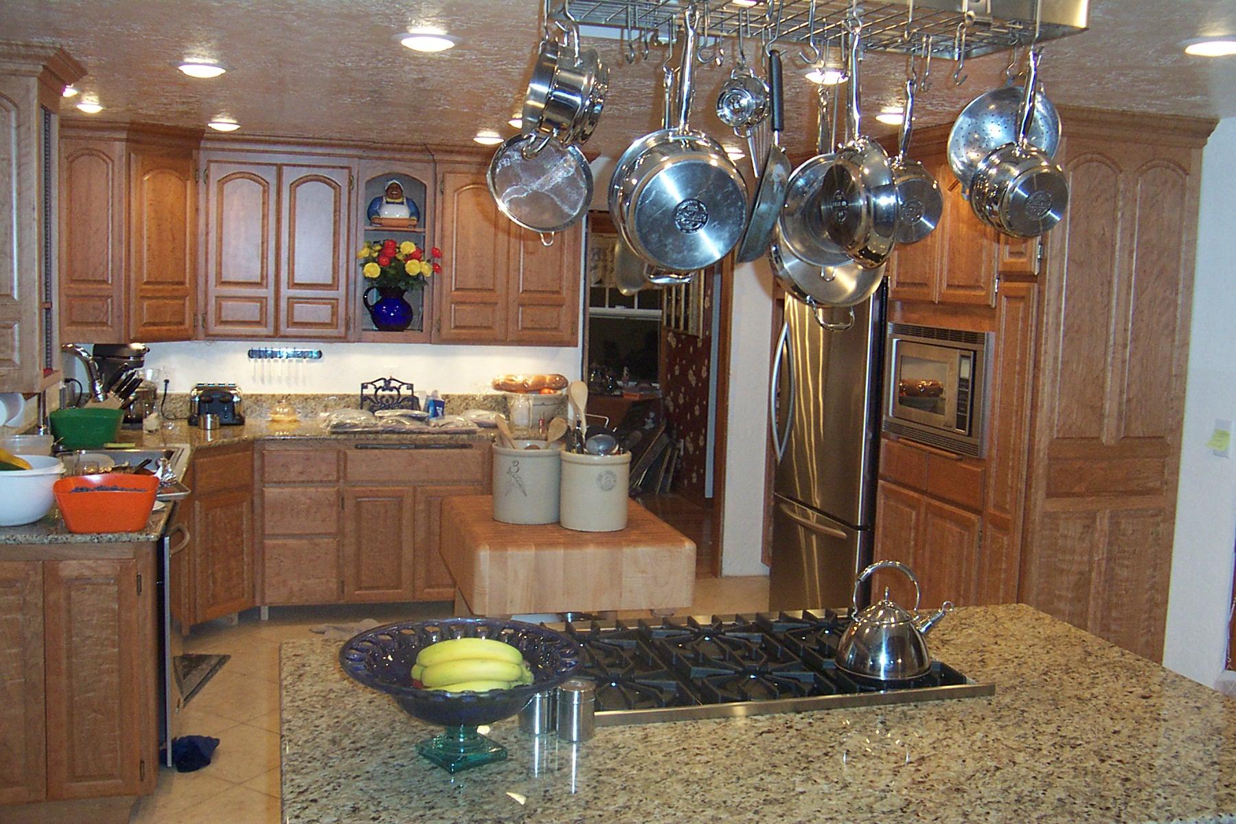 Вишневая кухня фото 13